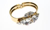 Cuff Bracelet with Clasp Fastening - 23 ct. Gold-Plated Brass, Swarovski Crystals. | Photography: Sabrina Dehoff